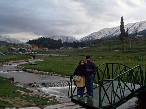 The Author, Pallavi and husband Himanshu enjoying their Kashmir holiday